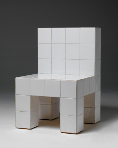 Chaise à carreaux de faience blanc, Biennale de Venise, Italie, 1972