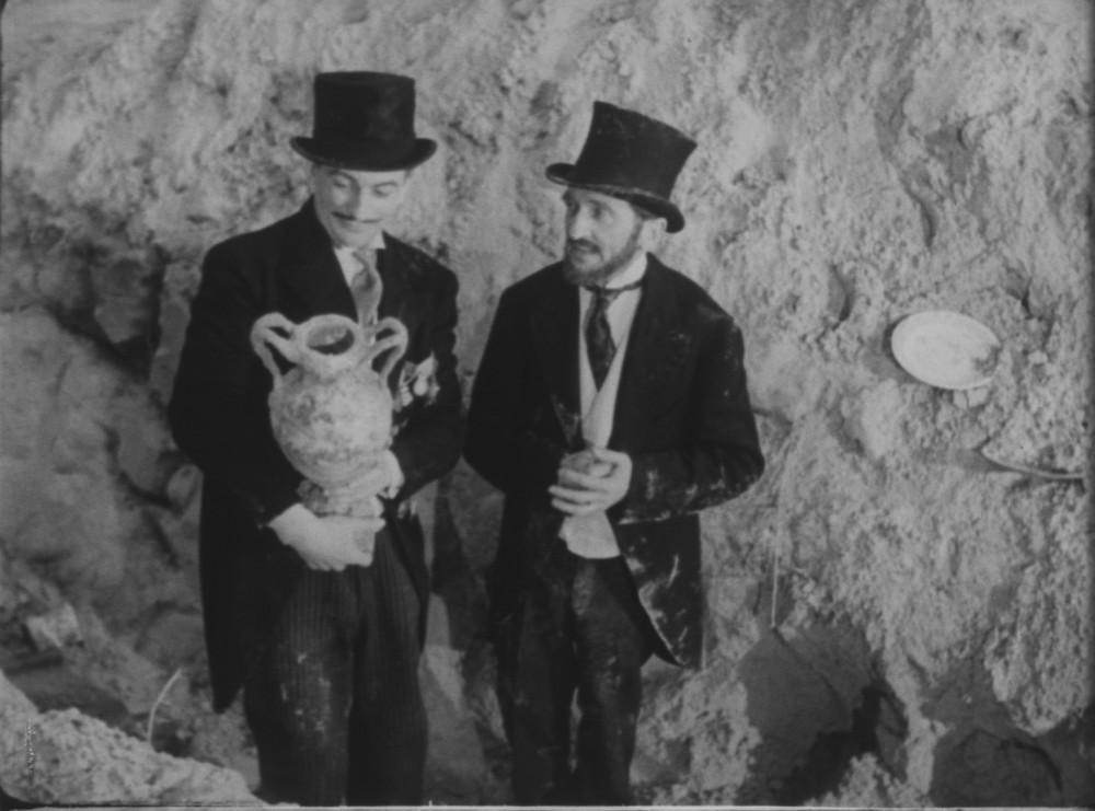© Marcel Blistène, Bibi Fricotin, 1951, version française, 89 minutes.