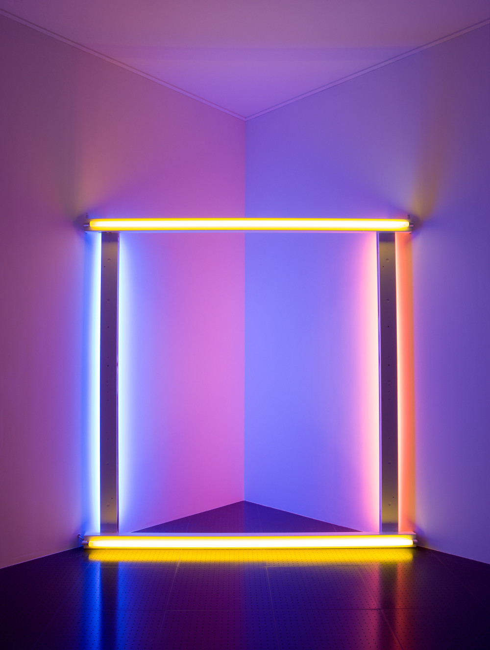 "untitled (to Donna) 5, In the exhibition ""Phares"", Centre Pompidou-Metz, february 2014© Dan Flavin© Centre Pompidou, MNAM-CCI/Bertrand Prévost/Dist. RMN-GP© Adagp, Paris© SABAM Belgium 2018"