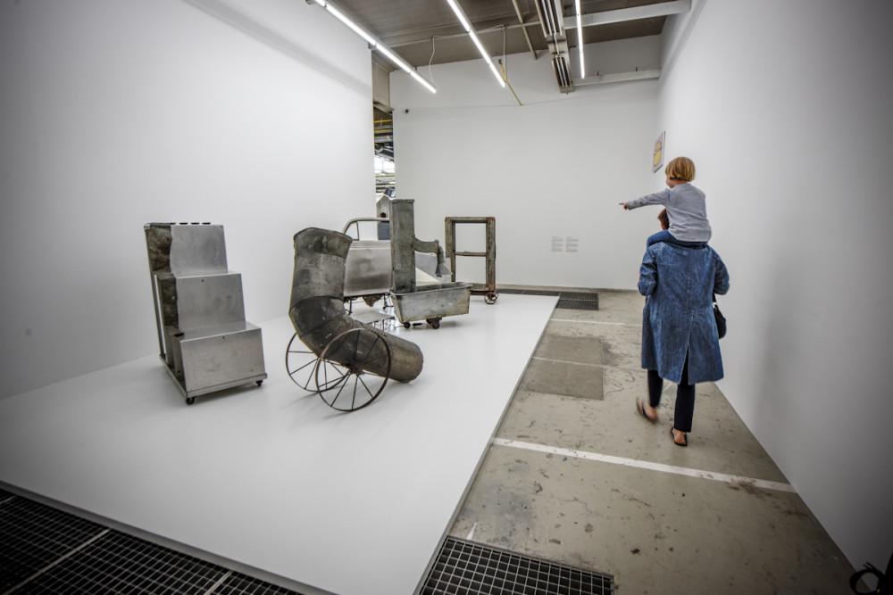 © Veerle Vercauteren© Oracle, 1962 - 1965 © Robert Rauschenberg© Centre Pompidou, MNAM-CCI/Service de la documentation photographique du MNAM/Dist. RMN-G© ADAGP Paris © SABAM Belgium 2018