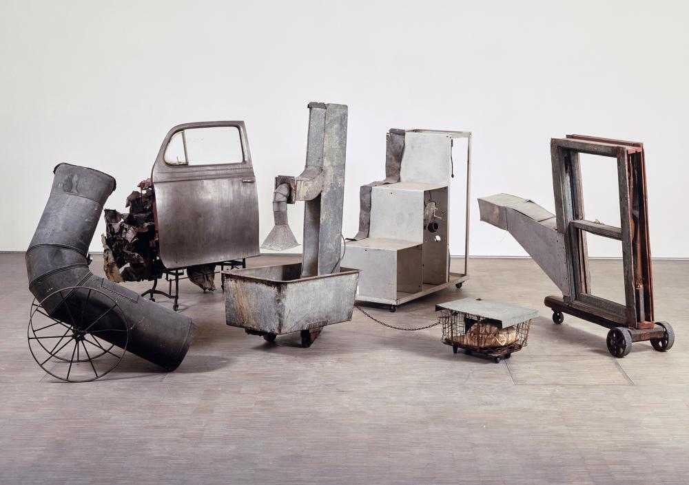 Oracle, 1962 - 1965© Robert Rauschenberg© Centre Pompidou, MNAM-CCI/Service de la documentation photographique du MNAM/Dist. RMN-GP© ADAGP Paris© SABAM Belgium 2018